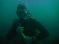 Бонд под водой